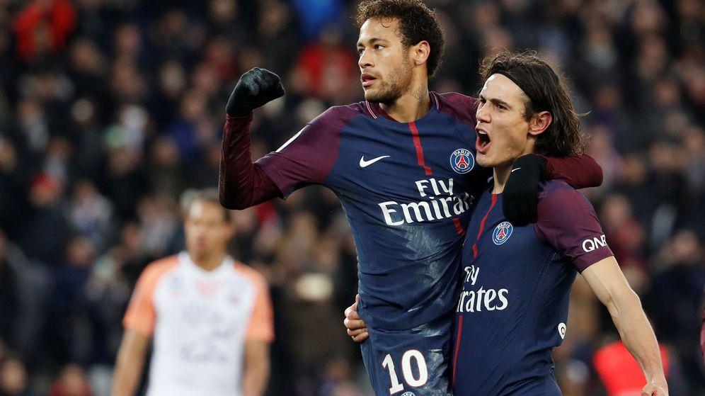 Foto: Neymar y Cavani celebran un gol. (Reuters)