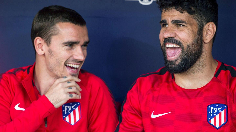 Griezmann, muy sonriente, junto a Diego Costa