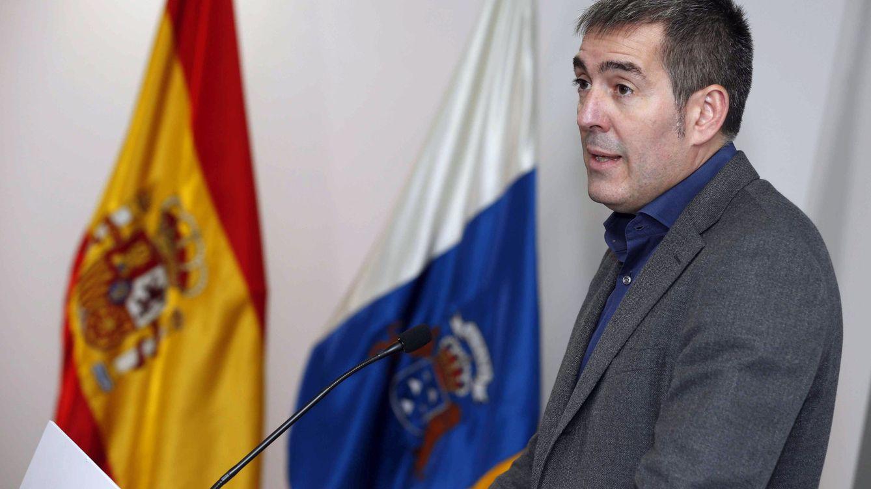El presidente de Canarias cesa a los cuatro consejeros del PSOE y da por roto el pacto