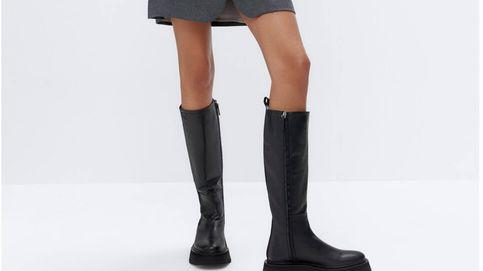 Estas botas de Uterqüe, que ya ha fichado Rocío Osorno, son todo lo que necesitas para enfrentar los días de lluvia