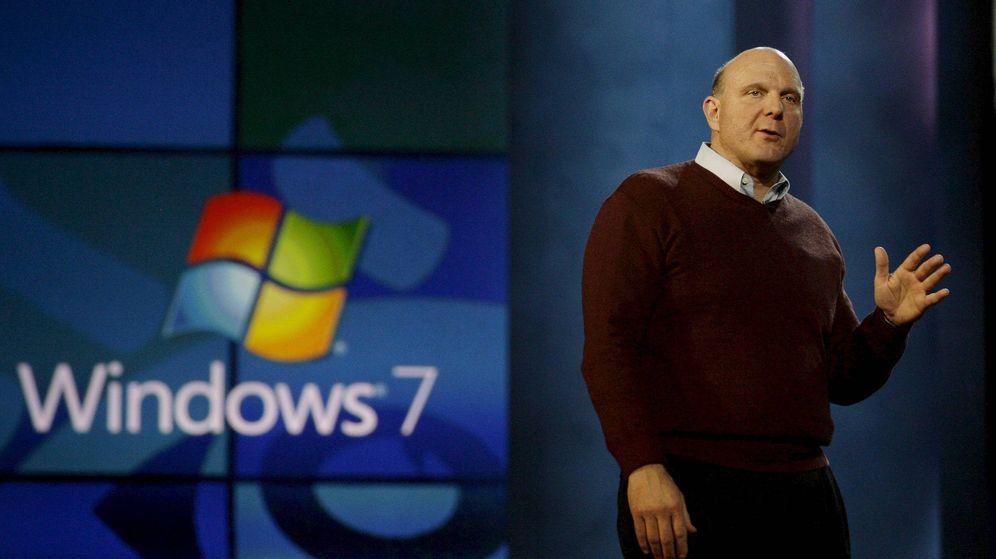 Foto: Steve Ballmer, expresidente de Microsoft, presentando de Windows 7 en 2009. (Foto: EFE)