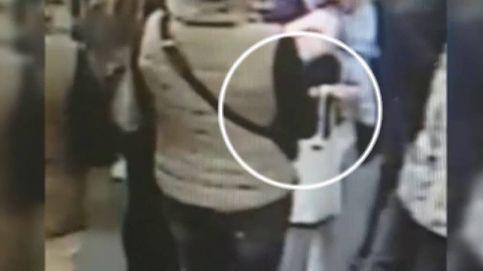 Una farmacia recauda dinero para una mujer a la que robaron la pensión mientras compraba medicinas