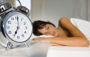 La razón por la que los dormilones mienten el triple que los demás