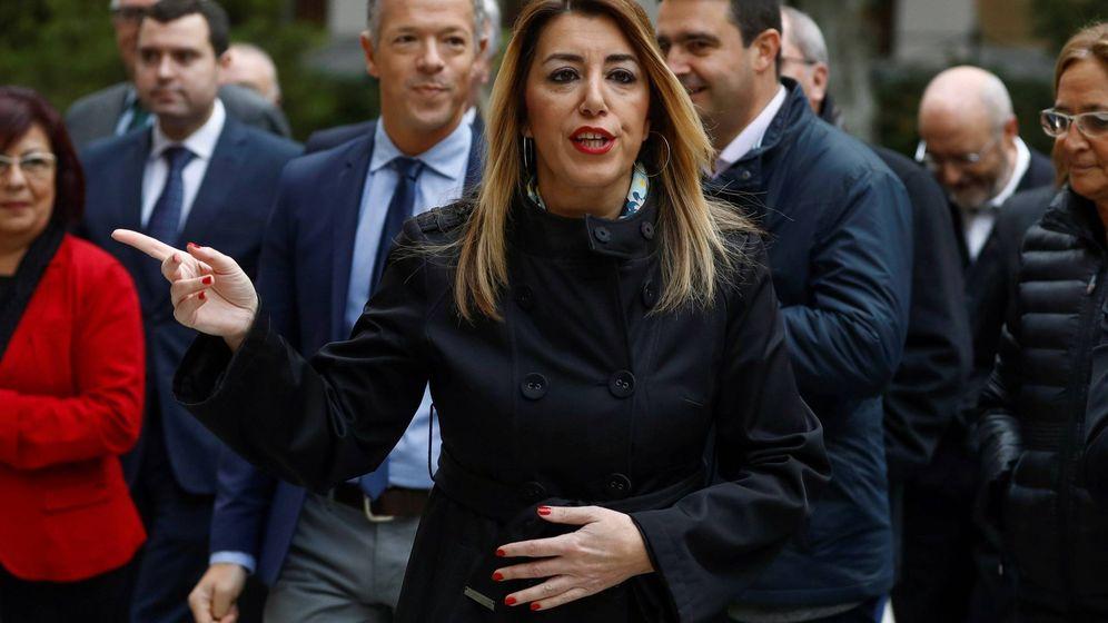 Foto: La presidenta de la Junta, Susana Díaz, a su llegada a la comparecencia ante la comisión de investigación de la financiación de los partidos políticos del Senado. (EFE)