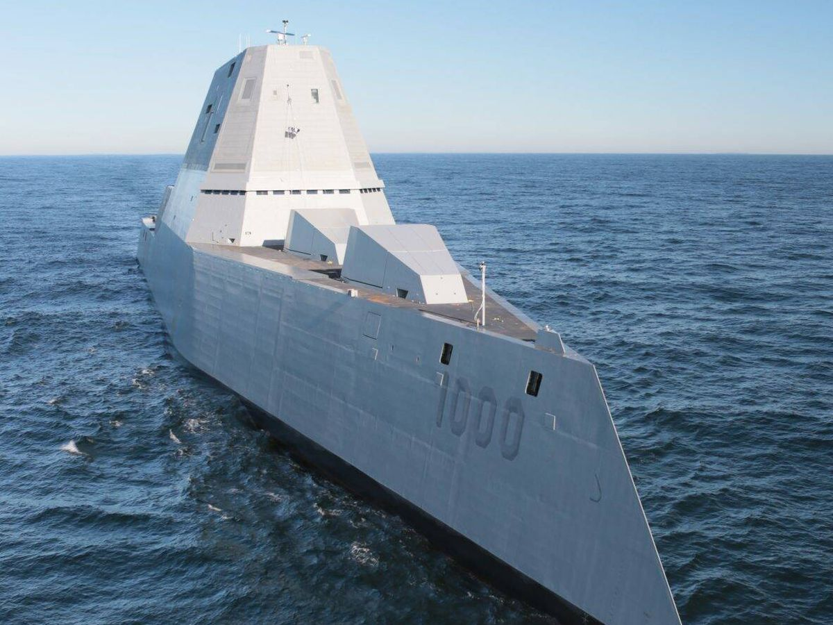 Foto: El USS Zumwalt en pruebas. (US Navy)