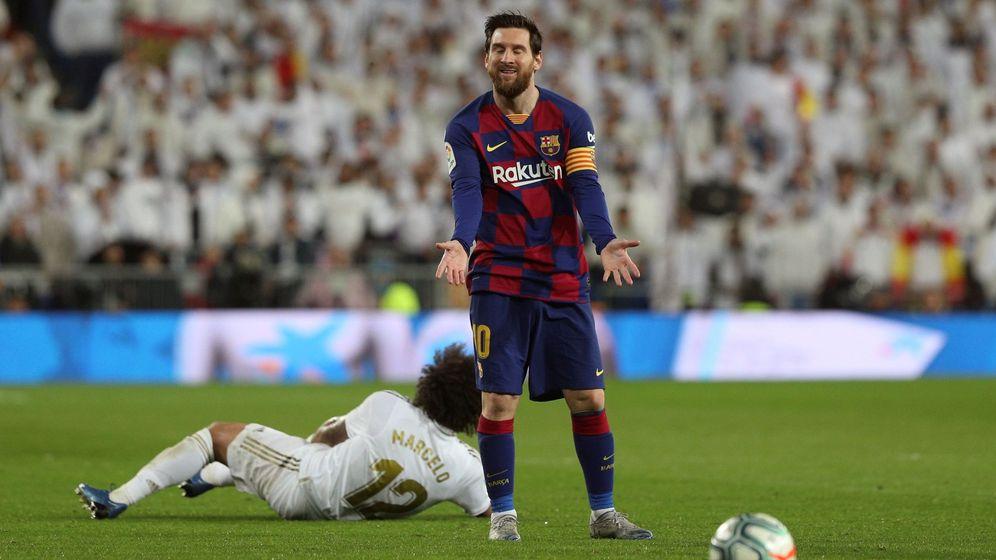 Foto: Leo Messi durante el último Clásico en el Santiago Bernabéu. (EFE)