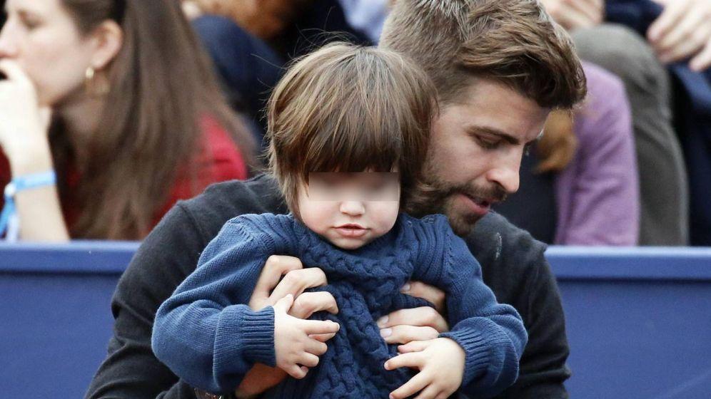 Foto: Gerard Pique y su hijo Milan en Barcelona. (Cordon)