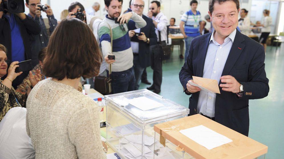 Foto: El candidato del PSOE a la Junta de Comunidades de Castilla-La Mancha, Emiliano García-Page. (Efe)