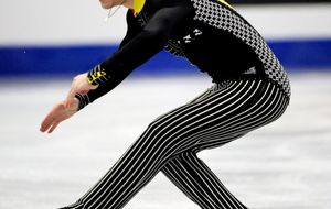 Javier Fernández coge pista en el Europeo a la espera de Sochi