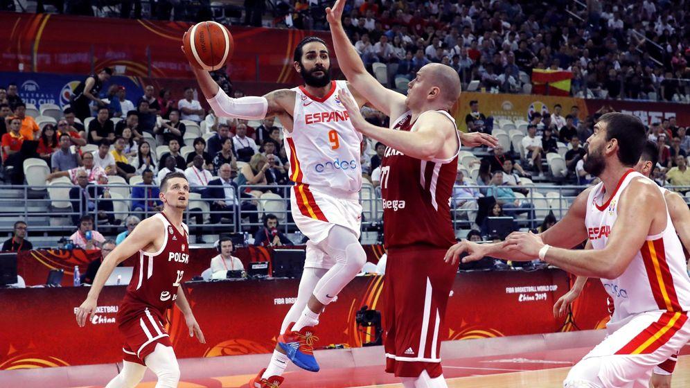 Foto: Ricky Rubio fue el máximo anotador de España ante Polonia, con 19 puntos. (EFE)