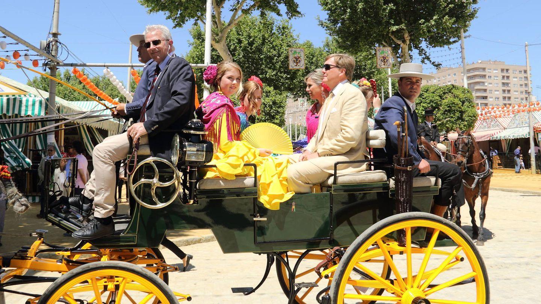 Incluso pasearon en coche de caballos por el Real. (Lagencia Grosby)