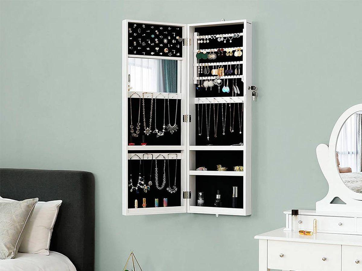 Foto: Muebles joyero para tener tus joyas organizadas y bajo llave (Pixabay)