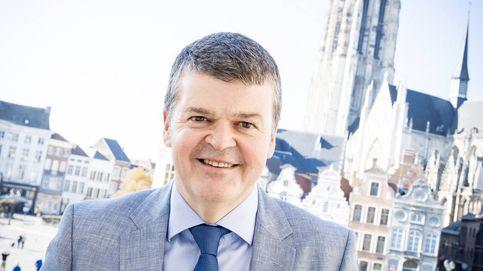 El alcalde que enderezó la ciudad más sucia, analfabeta e insegura de Bélgica