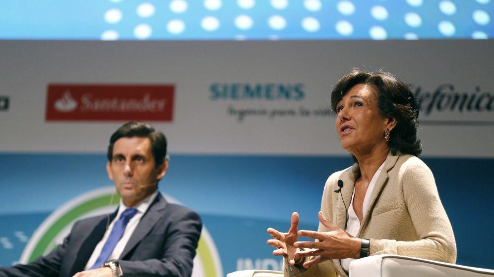 Foto: El presidente de Telefónica, José María Ávarez Pallete (i), y la presidenta del Grupo Santander, Ana Botín. (EFE)
