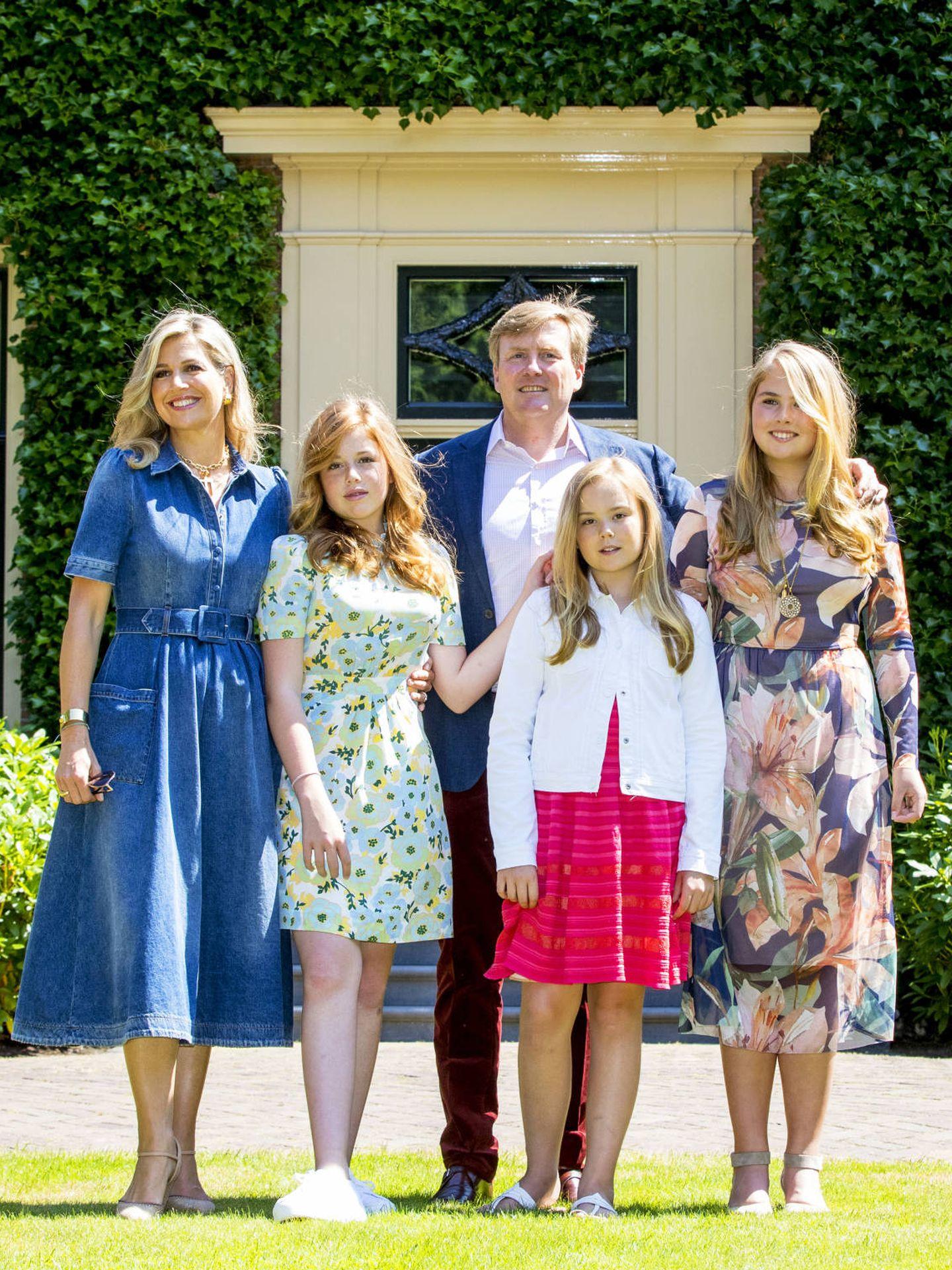 La familia real holandesa posa en Wassenaar. (Getty)