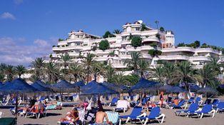 ¿Debo hacer un contrato de vivienda turística para alquilar una casa en Marbella?