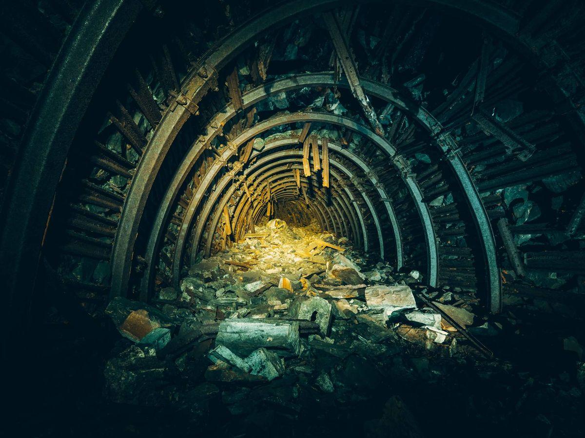 Foto: Fotografía de archivo de una mina. (Unsplash)