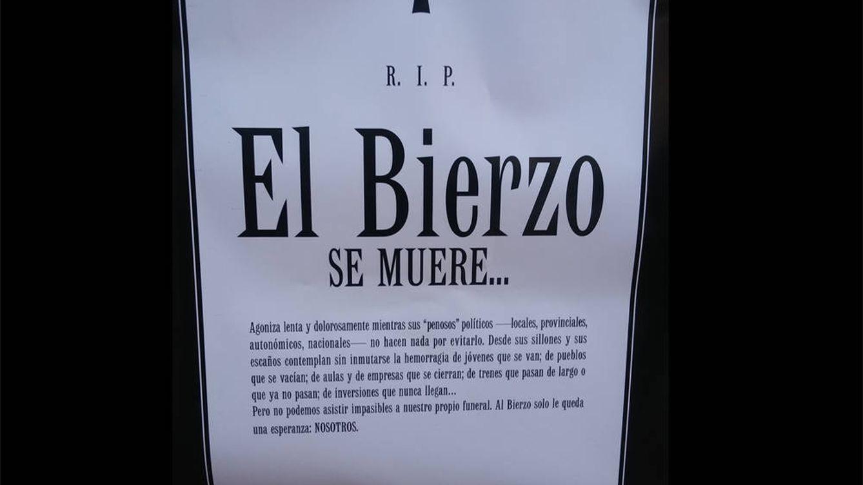 El Bierzo se muere: Ponferrada aparece llena de esquelas por el futuro de la comarca
