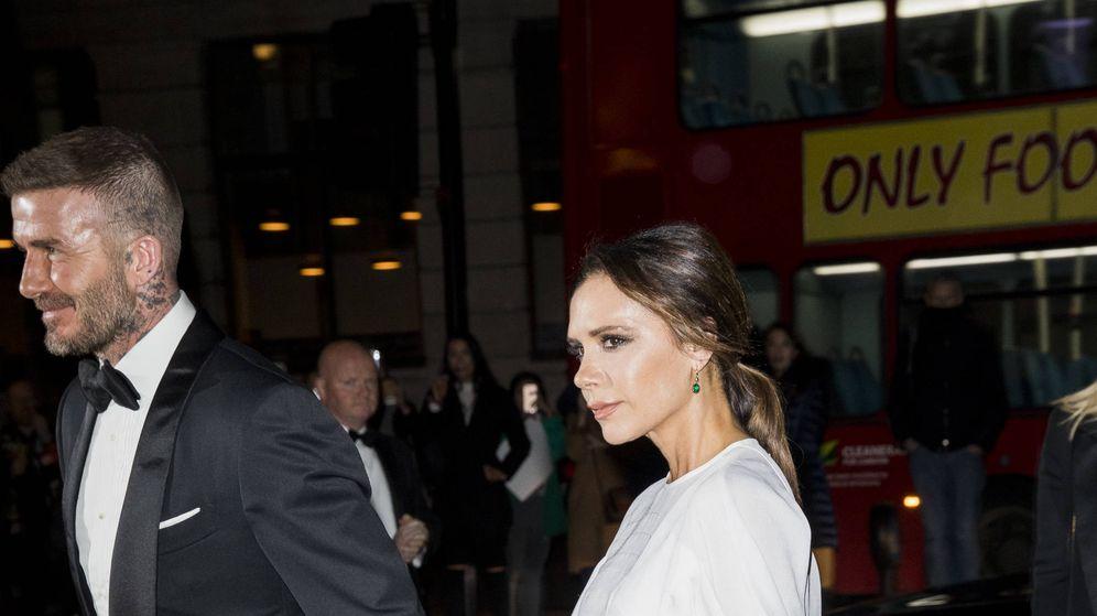 Foto: David y Victoria Beckham en la gala Portrait de la National Portrait Gallery. (Getty)