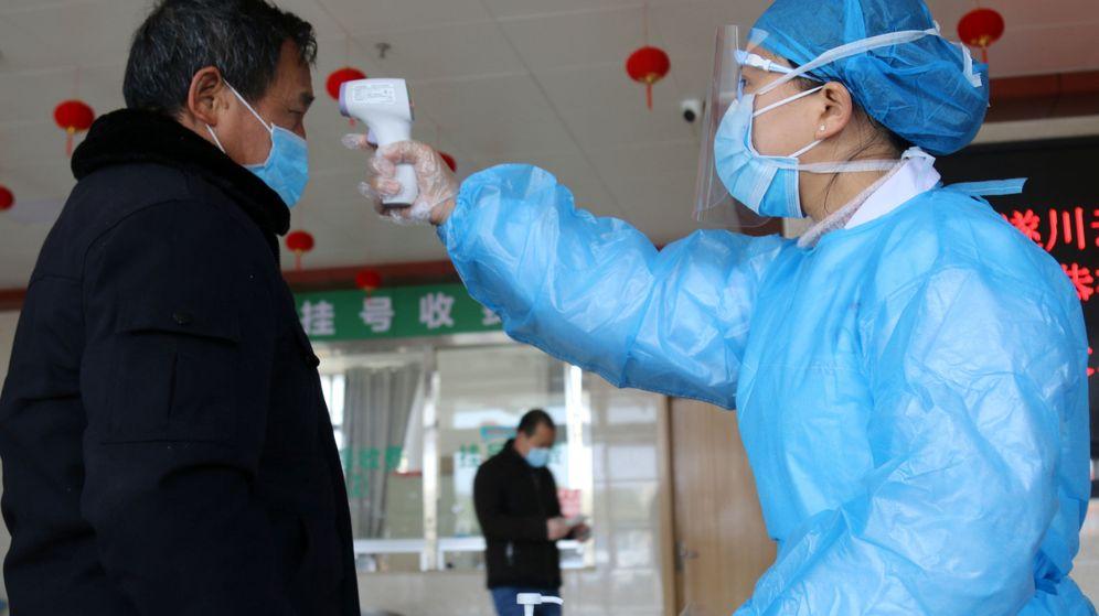 """Resultado de imagen de China utiliza drones para medir la temperatura de personas en cuarentena por coronavirus"""""""