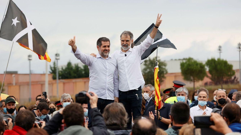 Los presos salen de la cárcel desafiantes: exigen amnistía y perseguirán la república