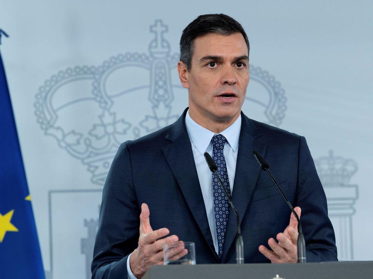 Foto: El presidente del Gobierno, Pedro Sánchez, tras el Consejo de Ministros extraordinario del pasado domingo. (EFE)