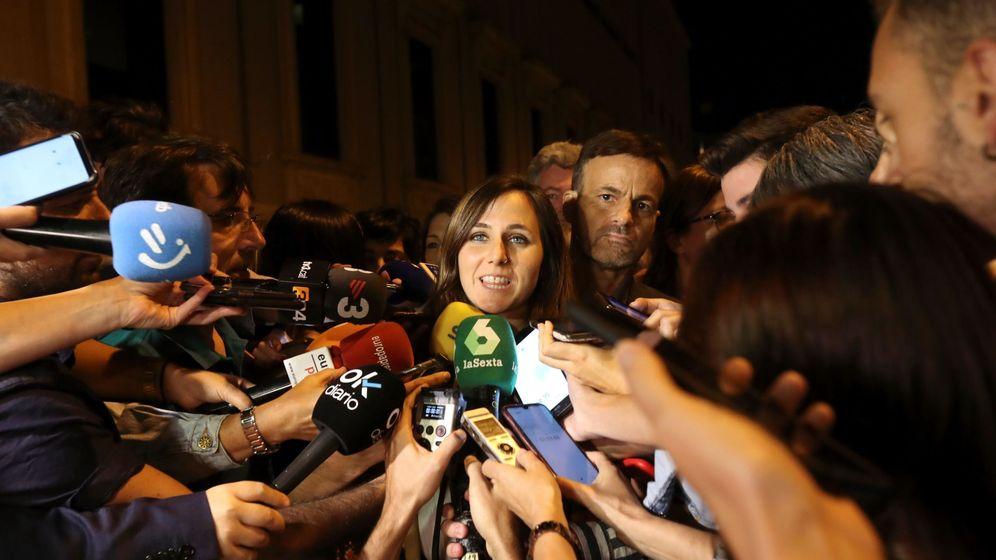 Foto: Ione Belarra, portavoz adjunta de Unidas Podemos, este 5 de septiembre tras la reunión con el PSOE en el Congreso. (EFE)