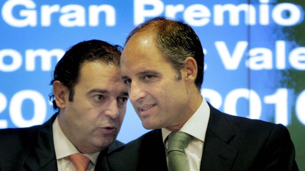 Foto: Gerardo Camps, en una imagen de archivo, con Francisco Camps. (EFE)