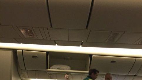 Una misteriosa enfermedad en el pasaje obliga a un vuelo a volver a Londres