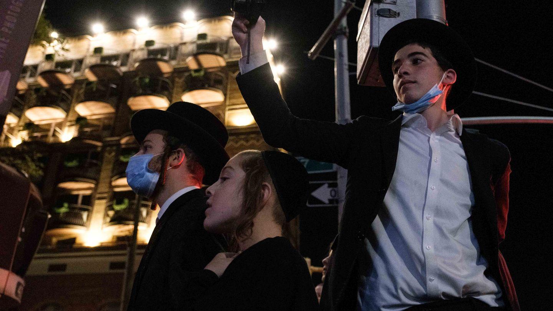 Protesta de la comunidad ultraortodoxa en Brooklyn. (Reuters)