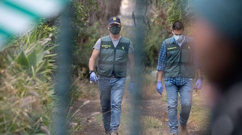 Decenas de voluntarios peinan el sureste de Tenerife en busca de las niñas desaparecidas