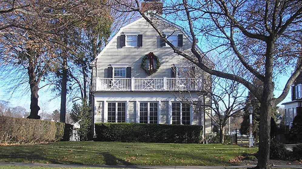 Foto: La casa maldita de Amityille vuelve a salir a la venta. (FOTO: CC/Seulatr)