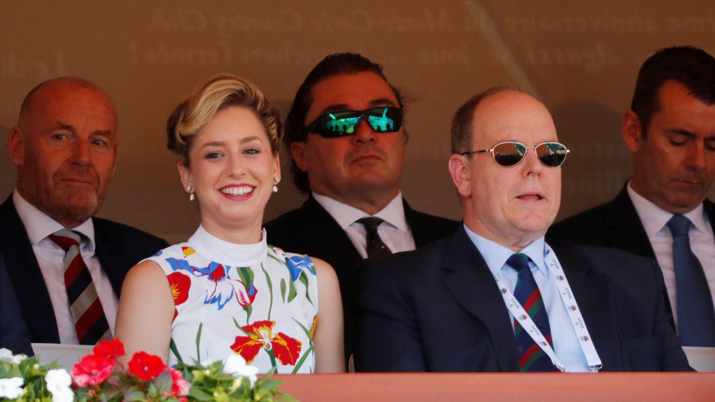 Alberto de Mónaco y su hija Jazmin. (Reuters)