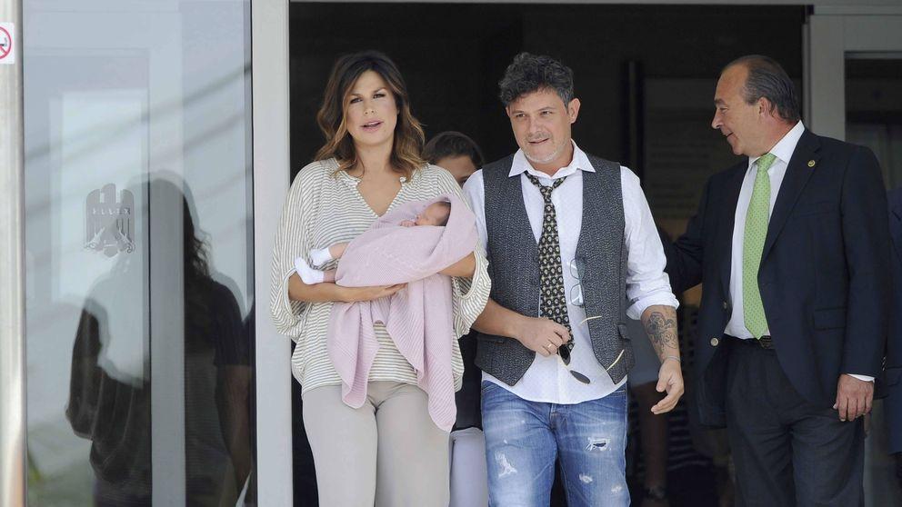 El bautizo privado de la hija de Alejandro Sanz y Raquel Perera