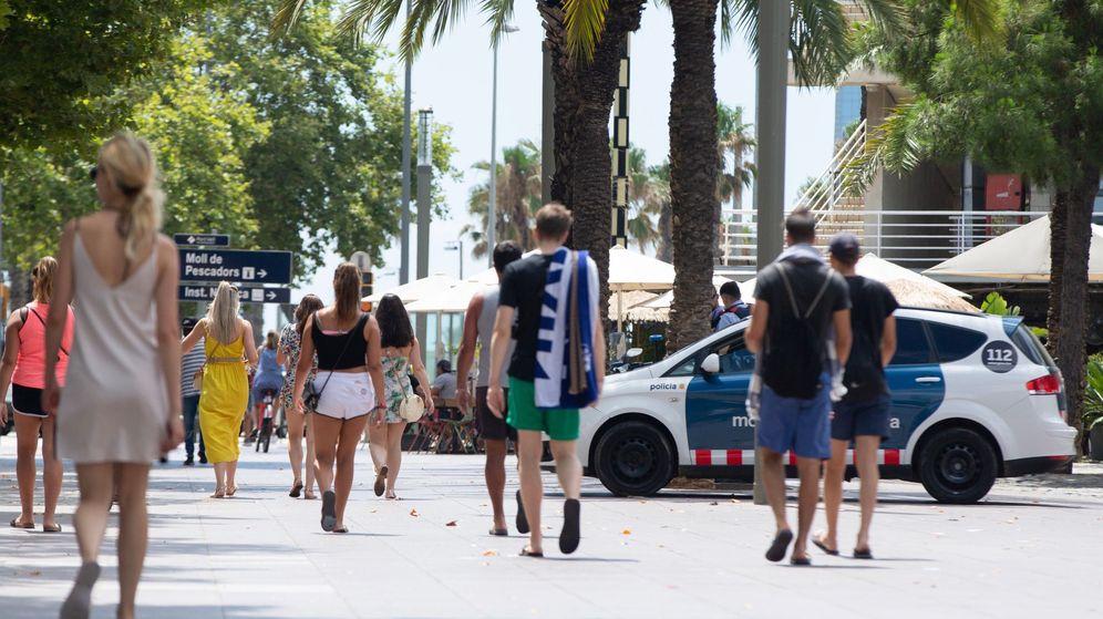 Foto: Detenido por una violenta pelea con un joven en la playa de la Barceloneta