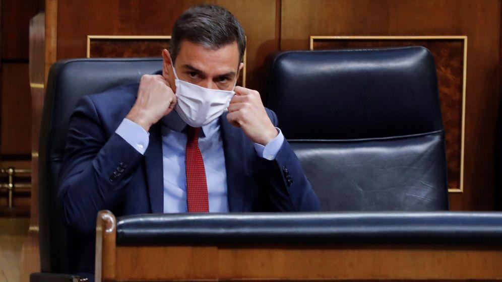 Foto: Pedro Sánchez, en su asiento del Congreso de los Diputados. (EFE)