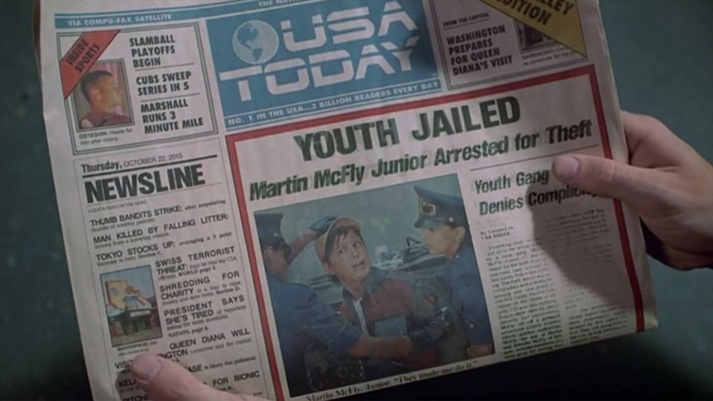 Junto a la mano izquierda, el titular de Diana. (Universal)