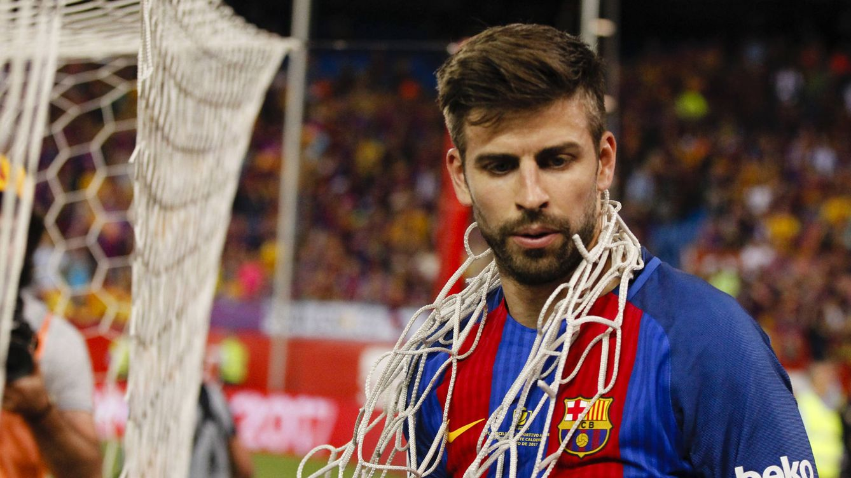 Piqué llama a las urnas en el referéndum de Cataluña y Sergio Ramos le 'tira de las orejas'