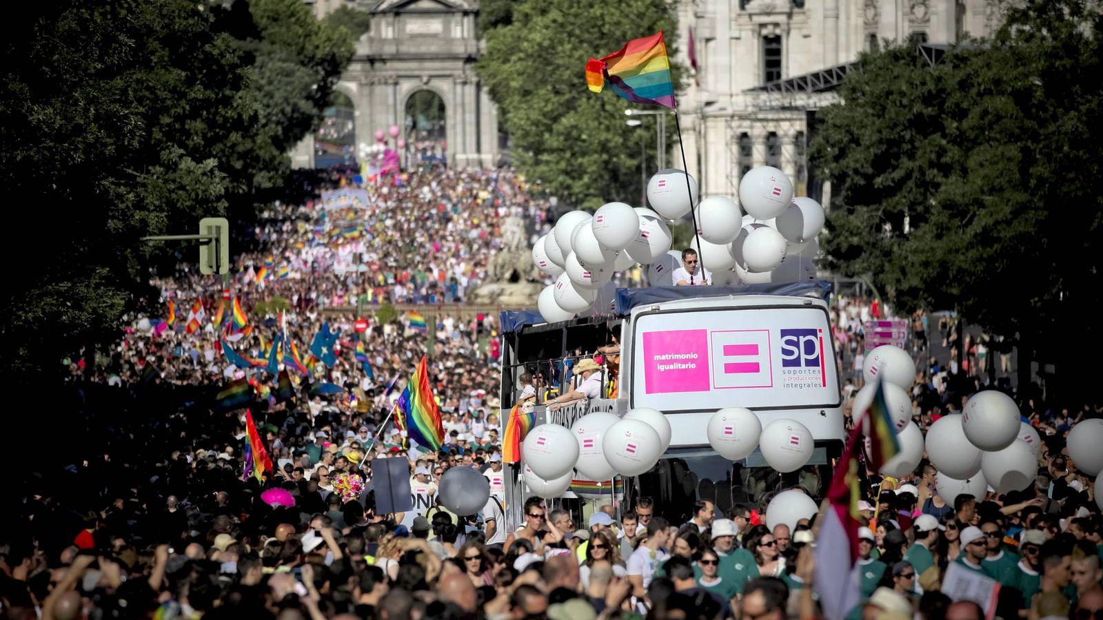 Foto: Imagen de archivo de una manifestación del Orgullo Gay en Madrid (EFE)