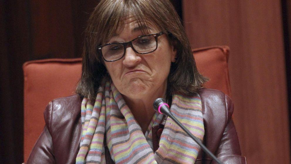 Marta Pujol admite que la Generalitat le adjudicó once contratos sin concurso