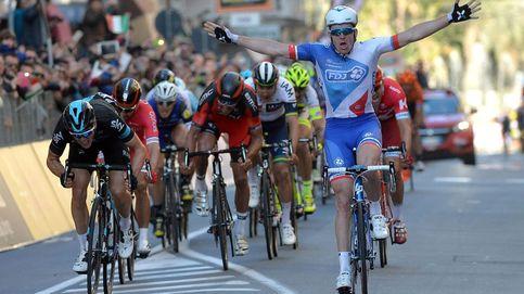 Varios ciclistas denuncian que Demare ganó la Milán-San Remo tras ser remolcado