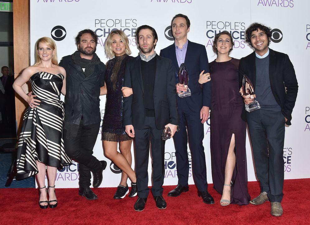 Foto: El reparto de 'The Big Bang Theory' durante la gala.