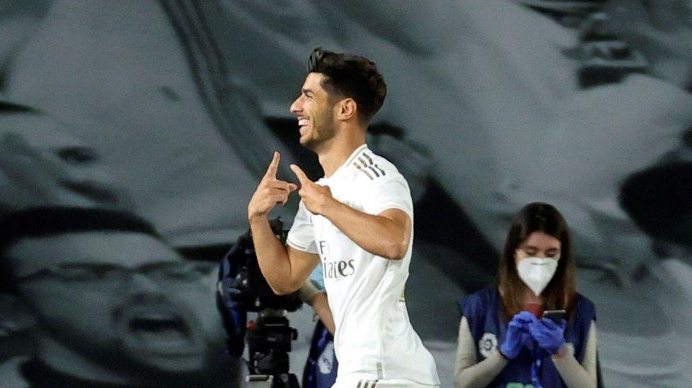 Foto: Marco Asensio celebra el gol marcado al Valencia. (Efe)