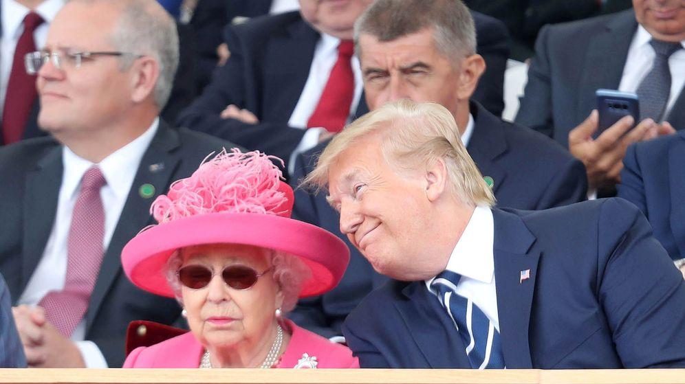Foto: Donald Trump y la reina Isabel, el pasado julio. (Reuters)