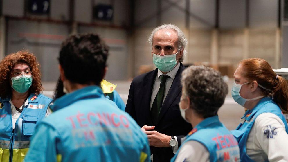 El consejero elude la dimisión de la directora de Salud y defiende pasar de fase en Madrid