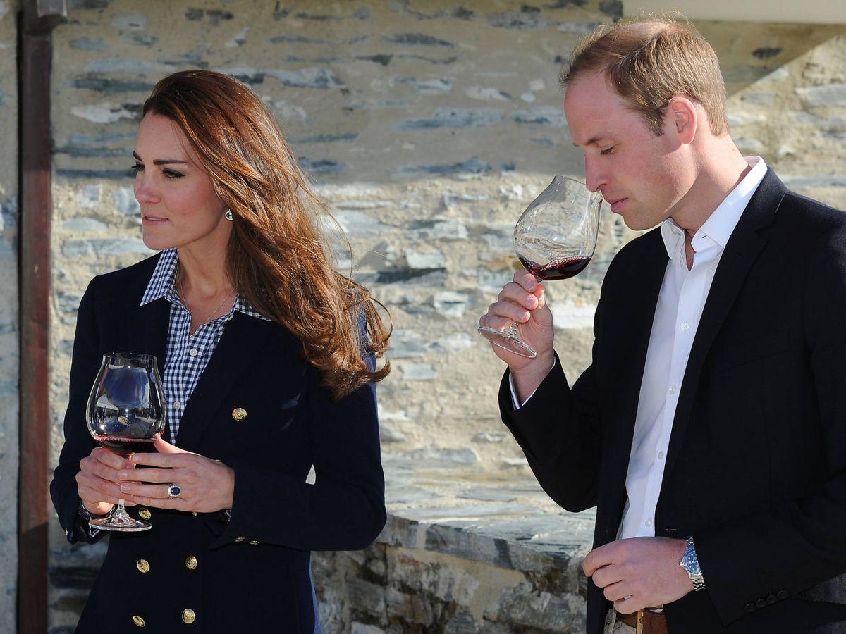 Foto: Kate Middleton, con blazer de Zara en su tour por Australia y Nueva Zelanda. (Getty)