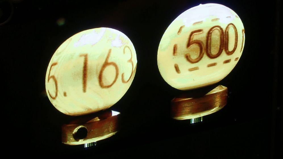 Foto: El total destinado a premios de la Lotería de Navidad asciende a 2.310.000.000 de euros (EFE)