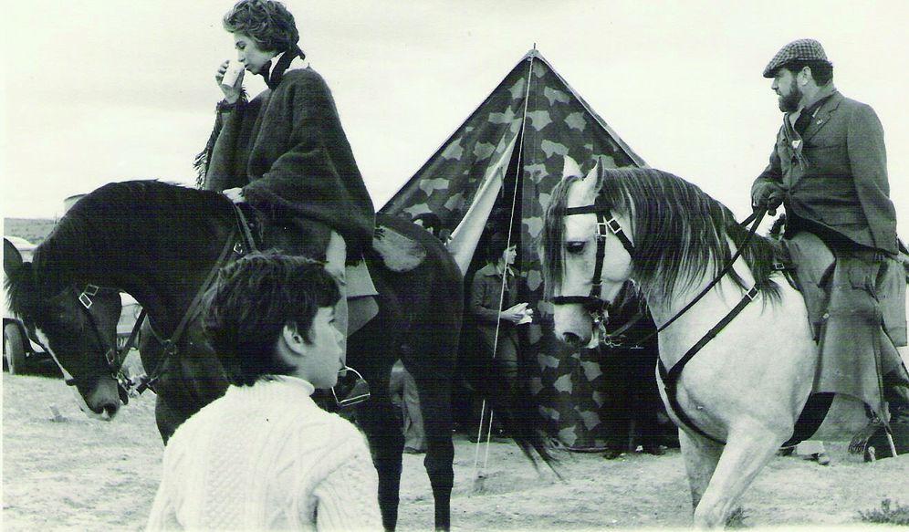 Foto: Manuel Prado con la reina Sofía. (Fotos cedidas por la editorial Almuzara)