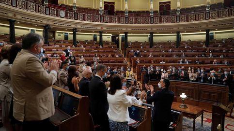 Vox anuncia una moción contra Sánchez en otoño y el PP avanza su rechazo