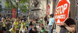 """Bancos y cajas paralizan durante dos años los desahucios """"de extrema necesidad"""""""